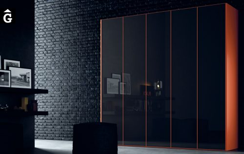 Armari negre a amb detalls taronges JJP NoLimits by Mobles GIFREU Girona Armaris a mida modern minim elegant atemporal