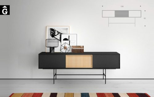 Aura Grafit Roure. Moble aparador amb potes metall altes de color negre. El programa de mobiliari Aura permet personalitzar el mobles en mides i acabats.. Moble bufet Aura Treku by mobles Gifreu Idees per la llar moble de qualitat