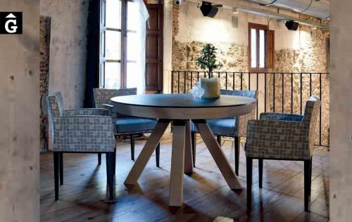Taula-rodona-extensible-Water-sobre-Dekton-ambientada-Pure-Designs-mobles-Gifreu