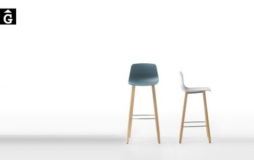 Tamboret Varya potes fusta roure | Inclass cadires tamborets i taules | mobles Gifreu