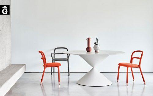 Taula rodona Clessidra disseny de Paolo Vernier per MIDJ | mobles Gifreu | Productes de qualitat