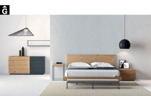 Habitació llit gran capçal pla xapa roure natural | Besform mobles Gifreu | Mobles de qualitat i a mida | Girona