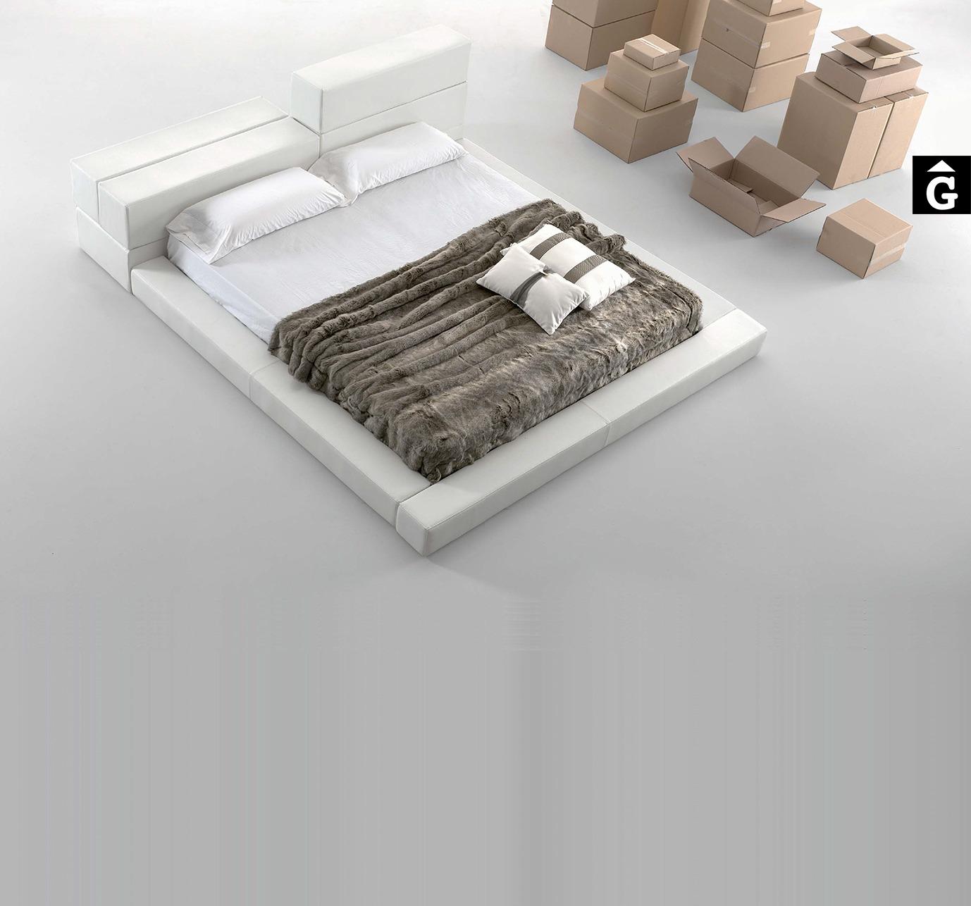 MORADILLO BY MOBLES GIFREU BEDS LLIT TAPISSAT RECTA GIRONA