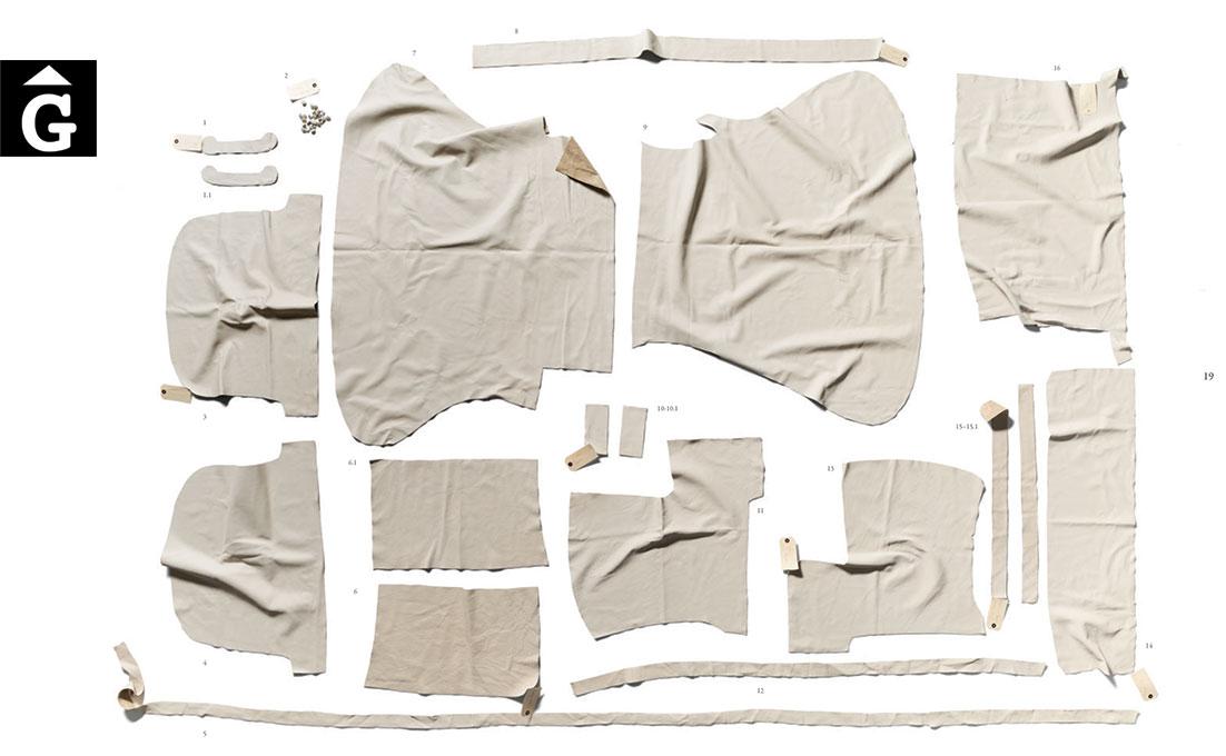 Fleming-&-Howland-tapisseria-&-mobles-Gifreu-colecció-Book-Girona-Barcelona-Capitone-Sofà-silló-Chaiselongue-Butaca-Cadira-11