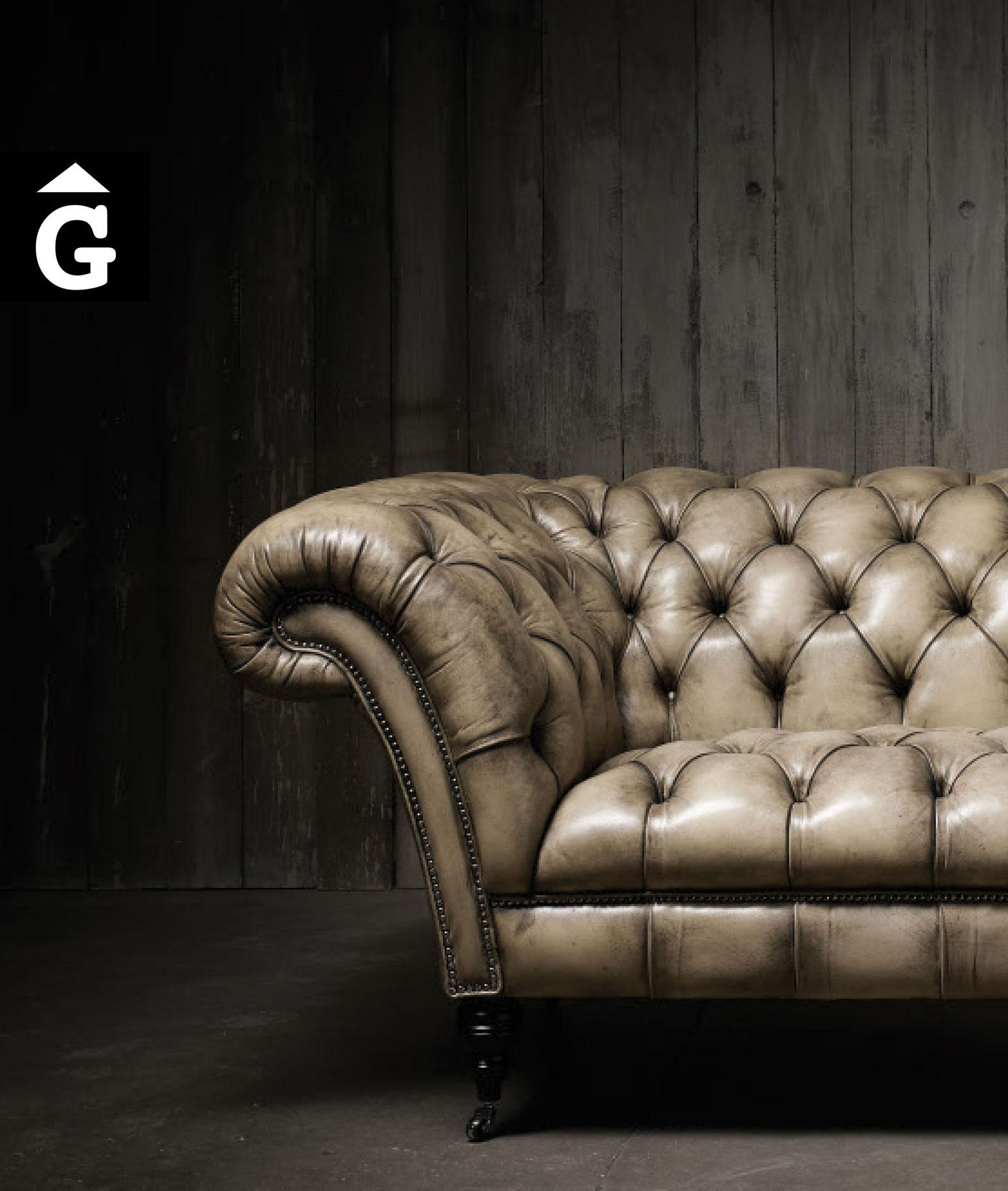 Fleming-&-Howland-tapisseria-&-mobles-Gifreu-colecció-Book-Girona-Barcelona-Capitone-Sofà-silló-Chaiselongue-Butaca-Cadira-69-3