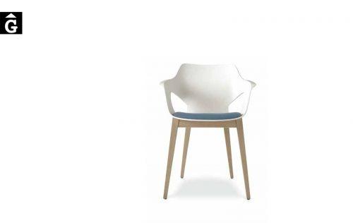 Olé butaca potes fusta roura Loyra muebles by mobles Gifreu Idees per la llar moble de qualitat