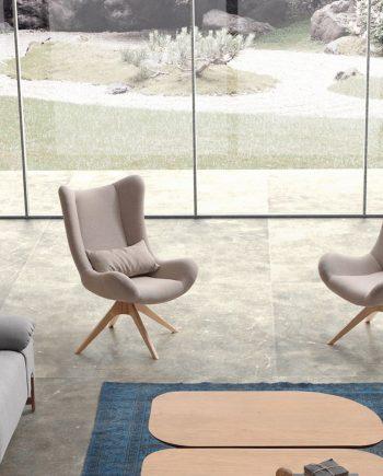 Lase Frajumar ambientada potes fusta by mobles Gifreu Girona tapisseria sofas sillons butaques de qualitat