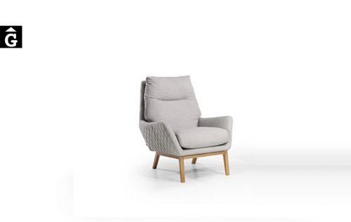 Butaca Kusu potes fusta Moradillo by mobles Gifreu tapisseria de qualitat sofas relax llits puff pouf chaixelongues butaques sillons