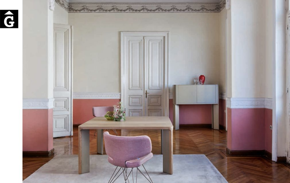 8 1 Taula menjador Acro-bat fusta clara al2 fabricant de mobles Grec distribuïdor mobles Gifreu