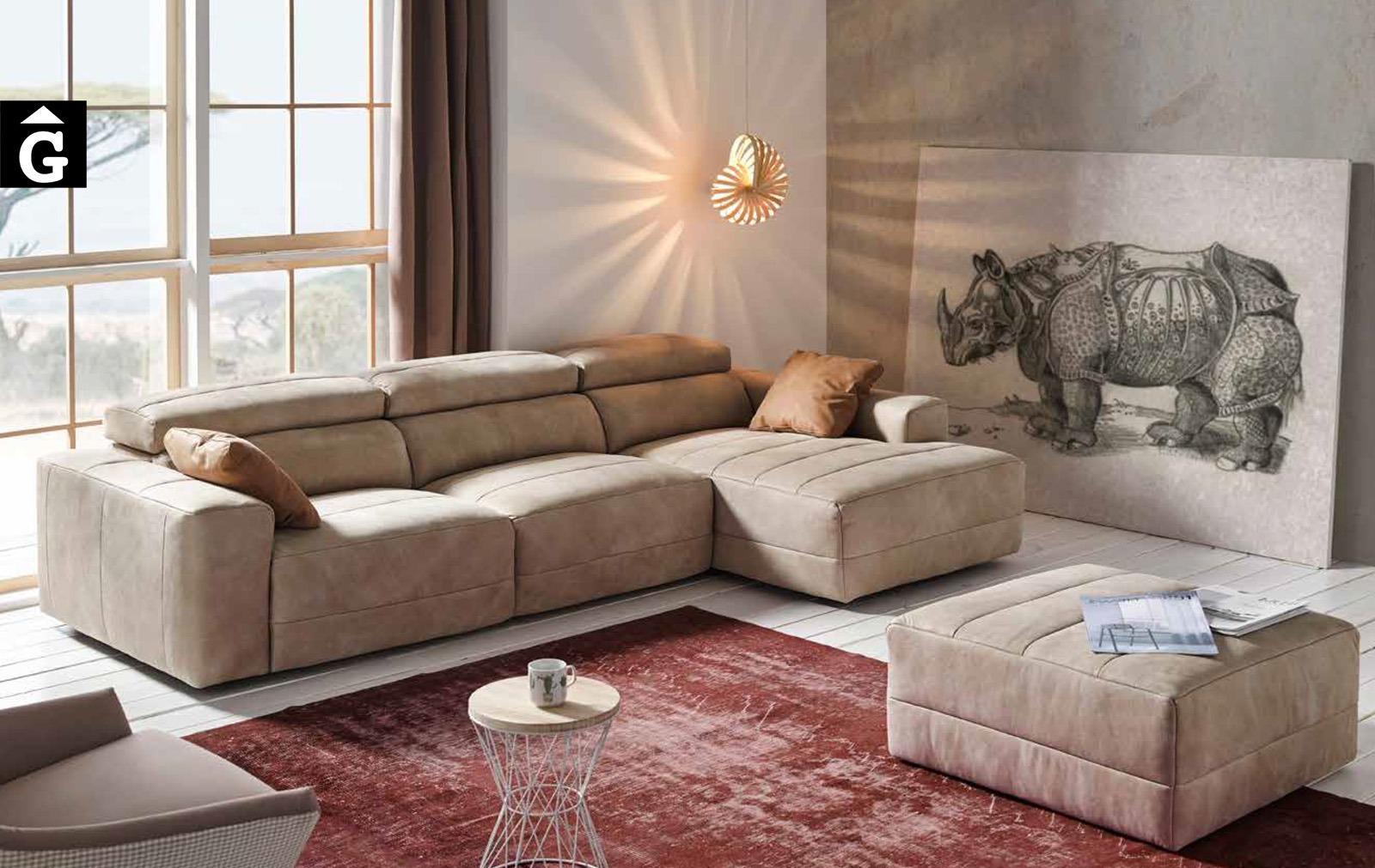 Yaiza sofa 1 Pedro Ortiz tapisseria by mobles Gifreu sofas relax