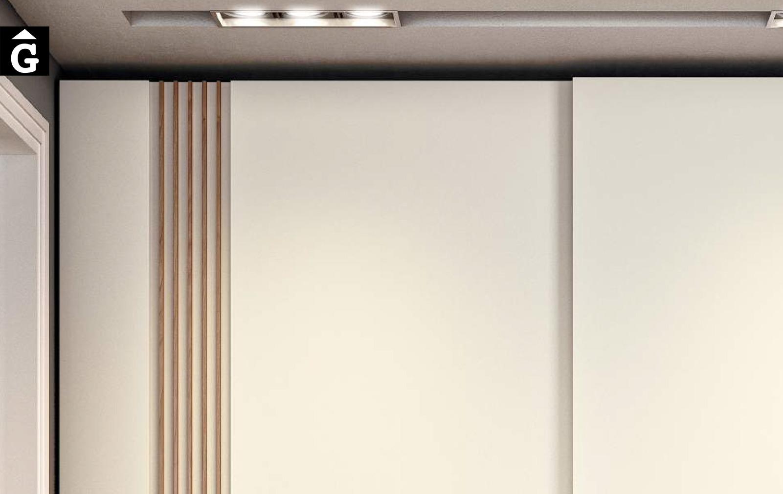 Detall porta Totem Armaris a mida i standard Closets EMEDE mobles by Mobles GIFREU Girona ESPAI EMEDE Epacio emede Muebles MD moble menjador Sala estar habitatge qualitat laca xapa natural