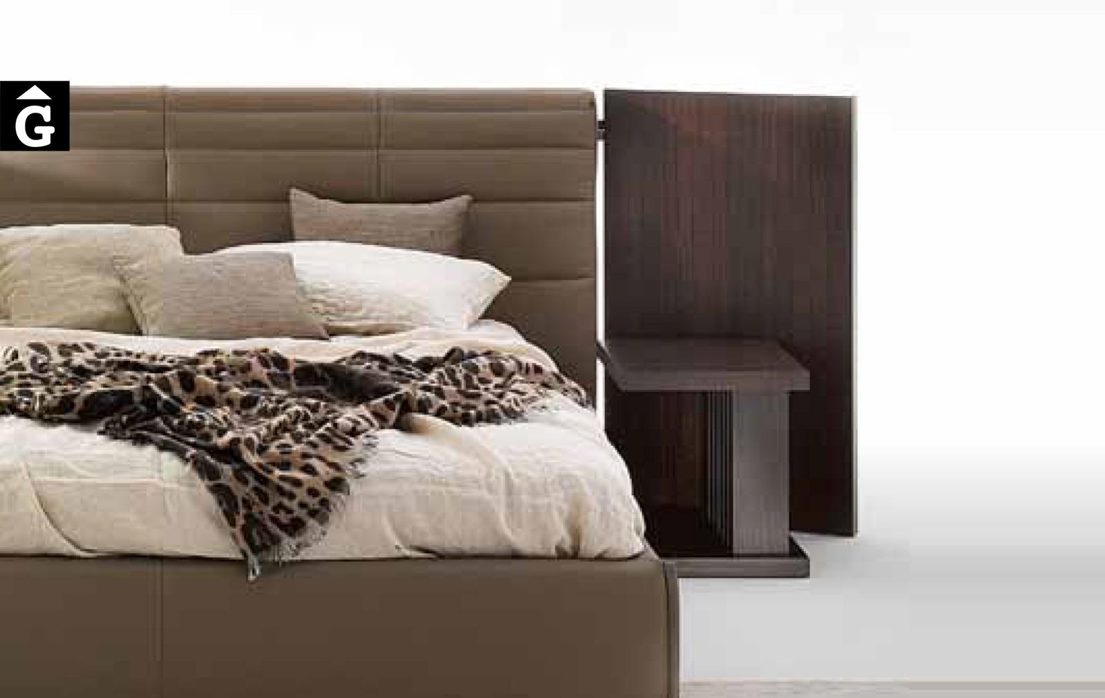 35 2 Grandanlogo amb panels laterals detall – Ditre Italia llits entapissats disseny i qualitat alta by mobles Gifreu