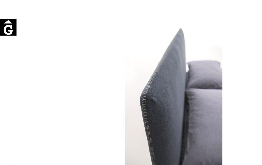 Llit Adele detall costura - Ditre Italia llits entapissats disseny i qualitat alta by mobles Gifreu
