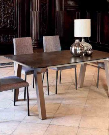 Taula-Nordic-imatge-principal-Pure-Designs-mobles-Gifreu