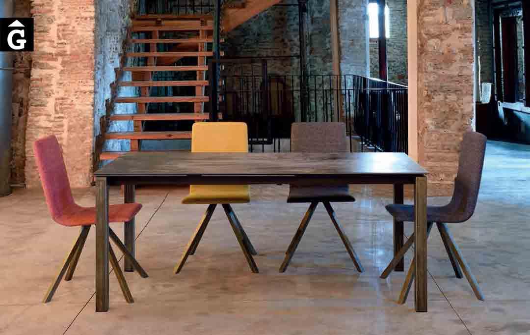 Taula-menjador-Alison-important-extensible-Pure-Designs-mobles-Gifreu