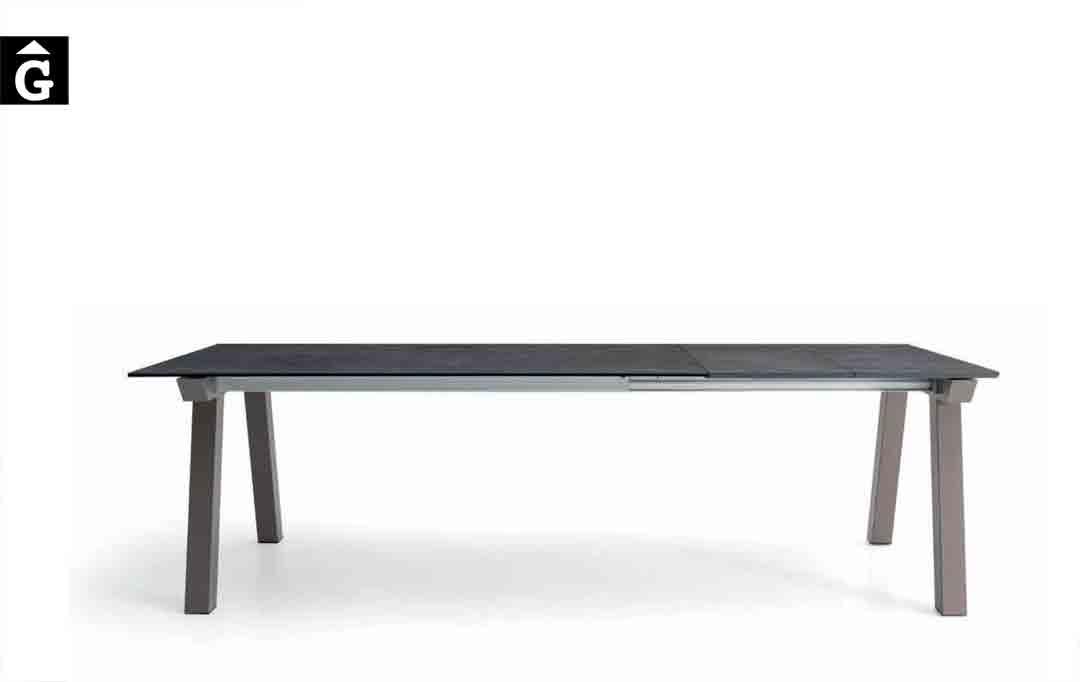 Taula-menjador-Nordic-extensible-Pure-Designs-mobles-Gifreu