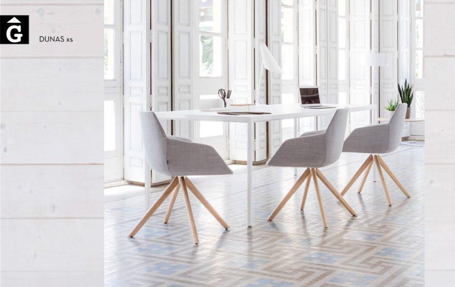 Butaca base piramide fusta Dunas XS Inclass mobles Gifreu