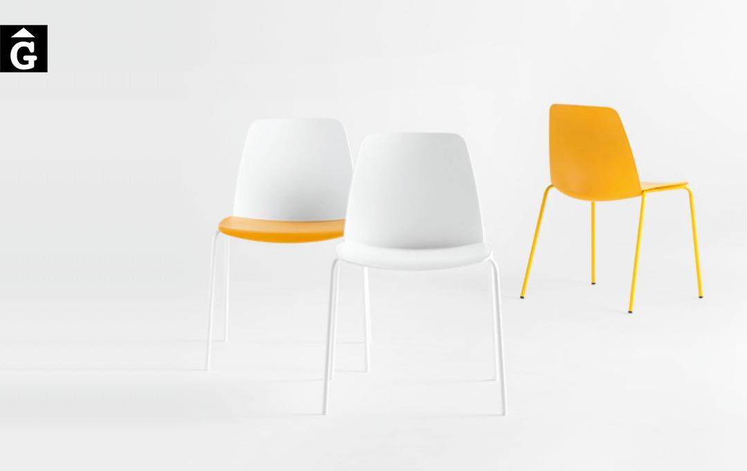 Cadira Unnia 4 potes Inclass mobles Gifreu