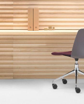 Cadira amb rodes cromades Unnia Inclass mobles Gifreu