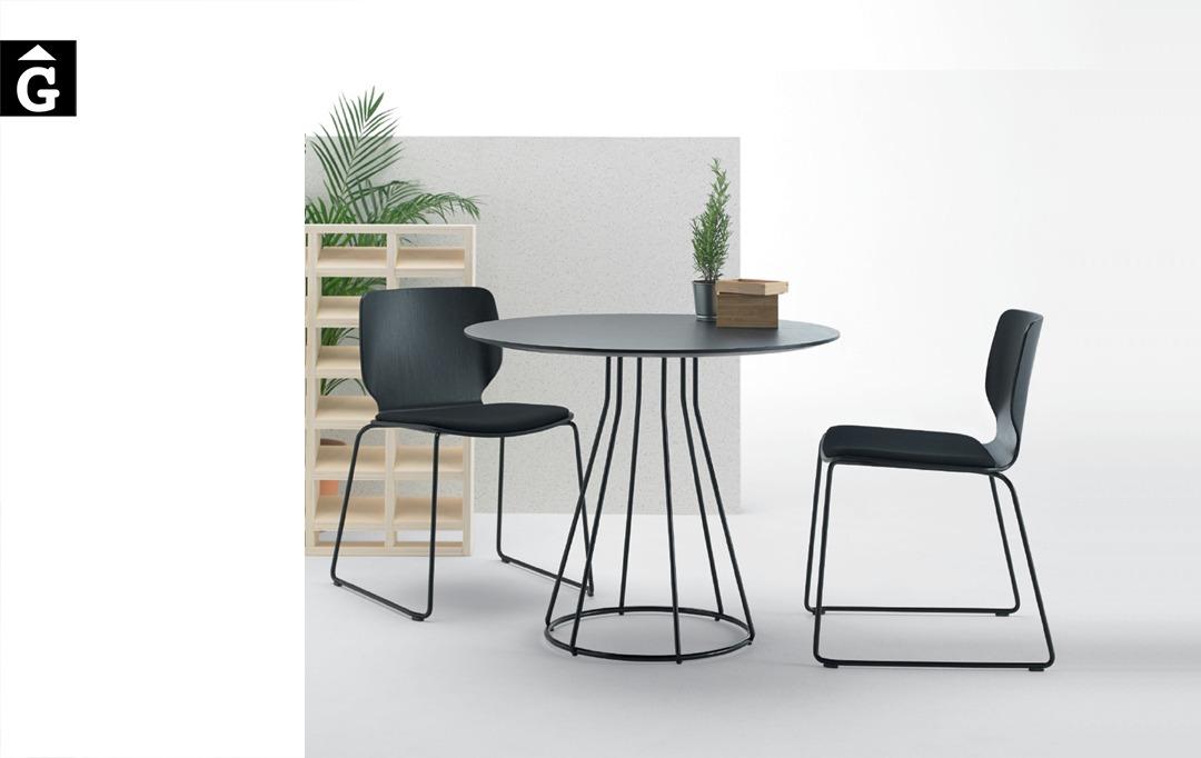 Cadira de fusta Nim