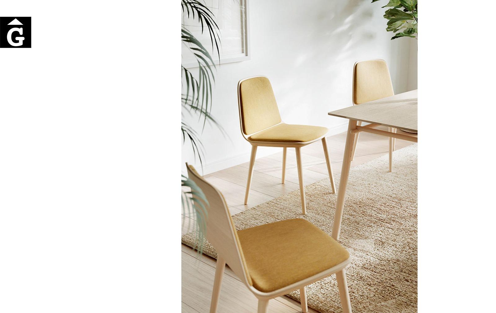 Cadira Bisell potes fusta tapissat groc Treku Home selecció Gifreu mobles
