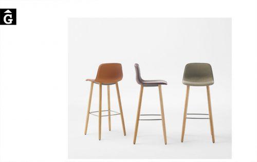 Tamborets Varya entapissats potes fusta | Inclass cadires tamborets i taules | mobles Gifreu