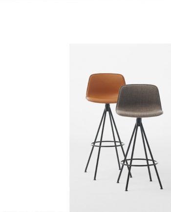Tamborets Varya entapissats potes metall forma cònica | Inclass cadires tamborets i taules | mobles Gifreu