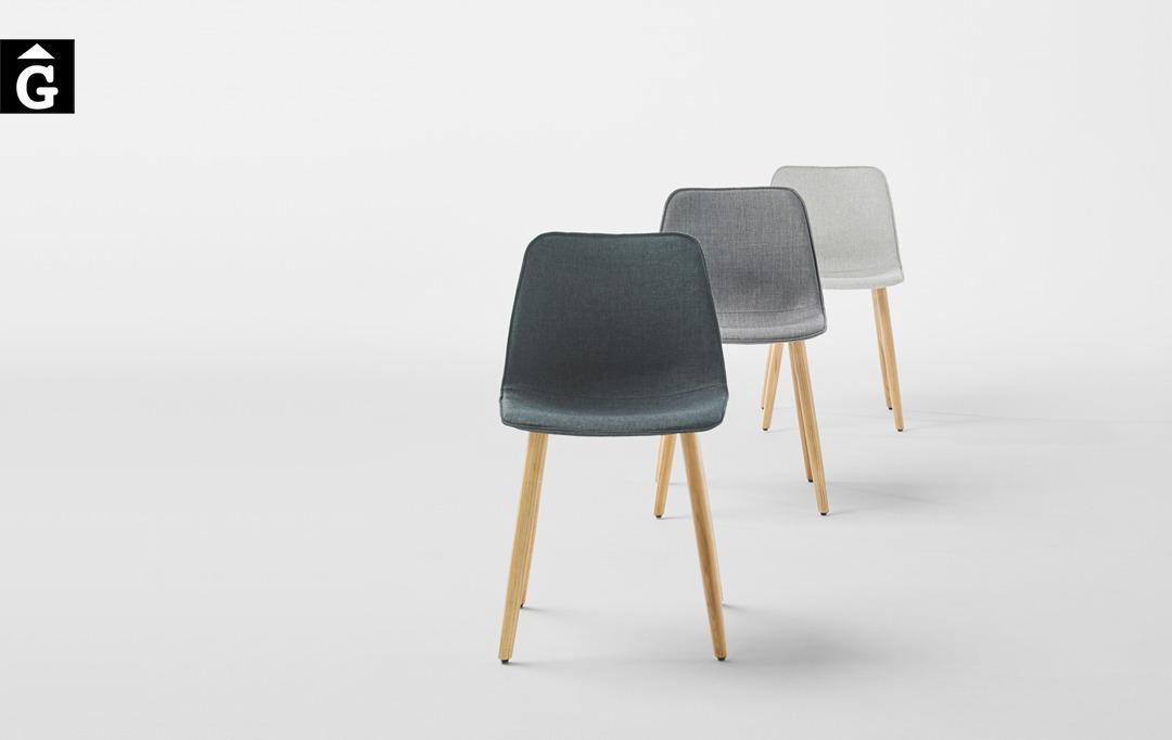 Cadira Varya entapissada amb potes de roure