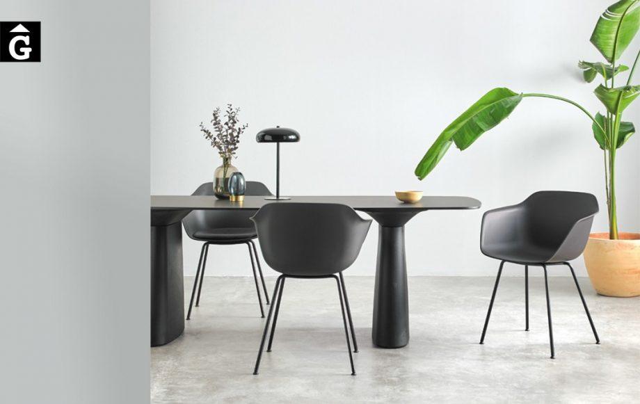 Cadira Polipropilè Taia 4 potes metall   Inclass cadires tamborets i taules   mobles Gifreu