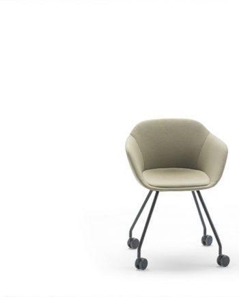 Cadira Taia entapissada 4 rodes  Inclass cadires tamborets i taules   mobles Gifreu