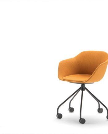 Cadira Taia peu central amb rodes | Inclass cadires tamborets i taules | mobles Gifreu
