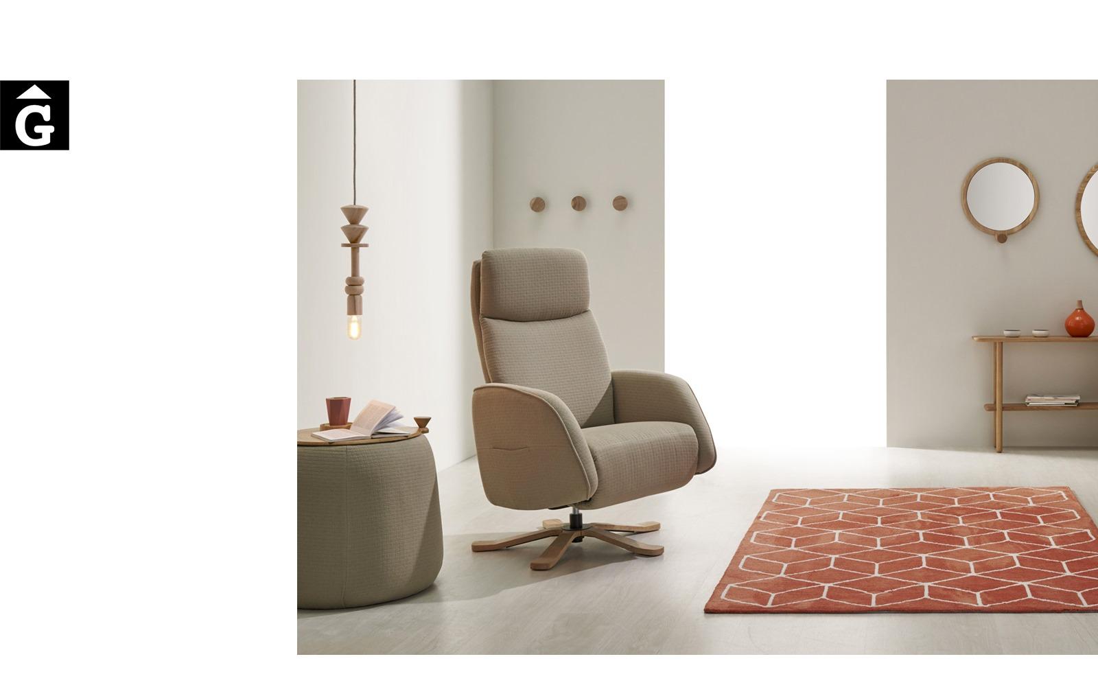 Butaca relax Panda peu central fusta | Reyes Ordoñez Sofas disseny i qualitat alta distribuïdor oficial mobles Gifreu