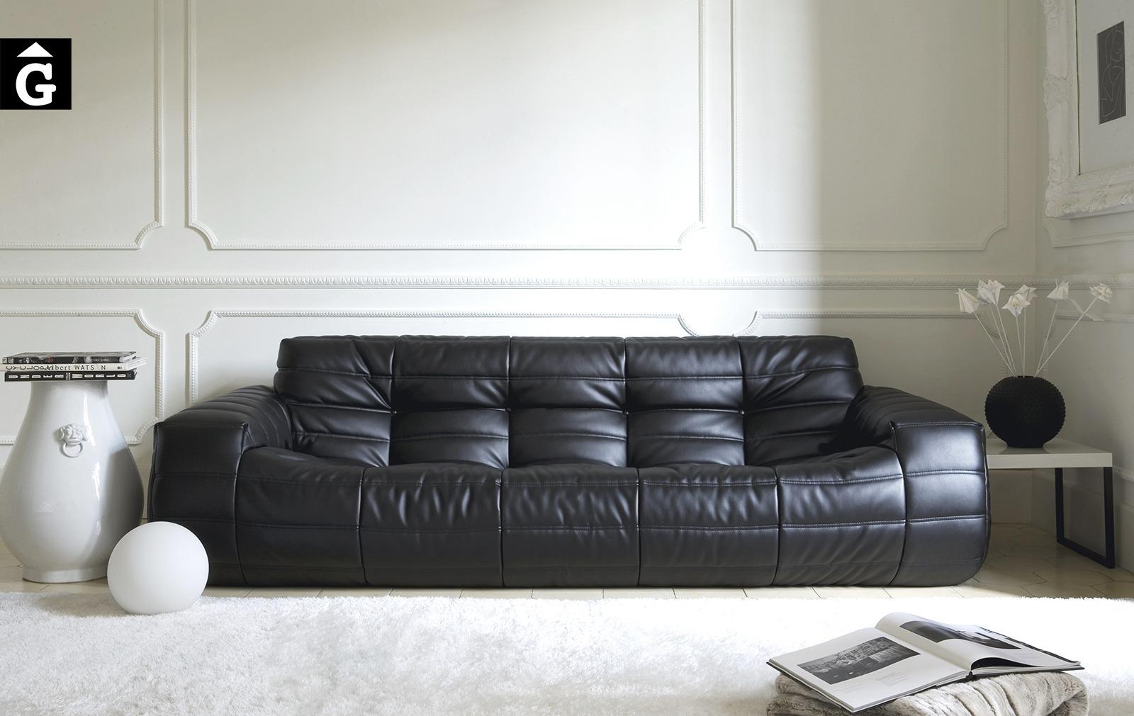 Sofà gran Oruga | Atemporal | Ethical home interiors | Gifreu | sofas | Girona