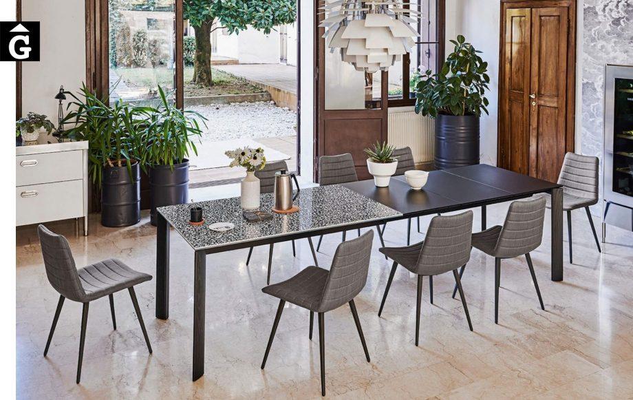 Taula molt extensible Blade oberta | Taula ideal cuina i menjador | MIDJ |Taules i cadires de disseny actual | modern i conservador| casual i elegant | mobles Gifreu | Productes de qualitat