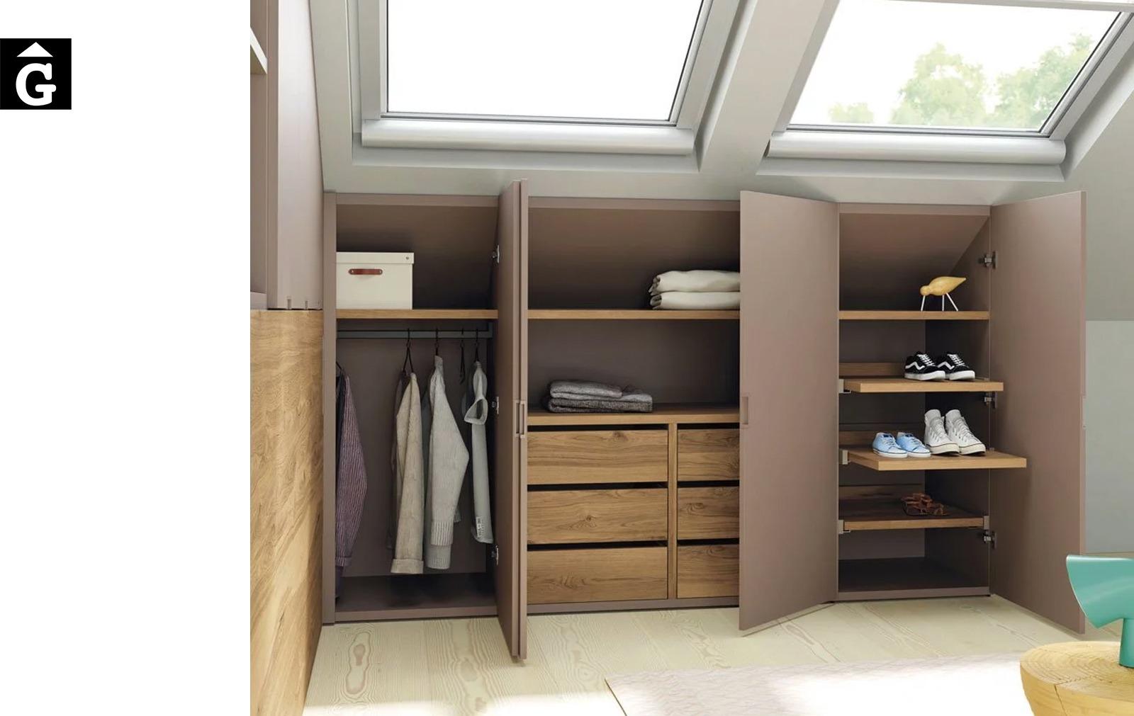 Habitació llit habatible a les golfes amb armaris | Up & Down | llits abatibles | Pràctics, saludables i segurs | Jotajotape | mobles Gifreu