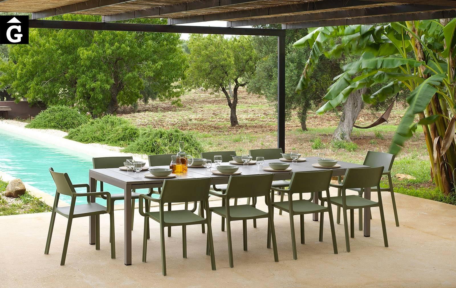 Taula Rio i cadires Trill amb braços | Nardi | mobiliari d'exterior amb disseny italià