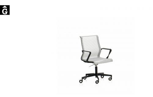 Cadira despatx baixa amb malla X-Light de Dile | vista general | mobiliari d'oficina molt interessant | Dileoffice | mobles Gifreu | botiga | Contract | Mobles nous oficina