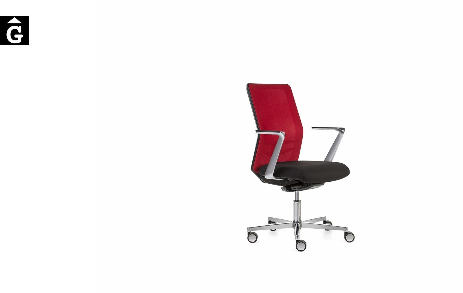 Cadira oficina Equis crom i vermell | Vista perfil | Dileoffice | Dile | mobiliari d'oficina molt interessant | mobles Gifreu | botiga | Contract | Mobles nous oficina