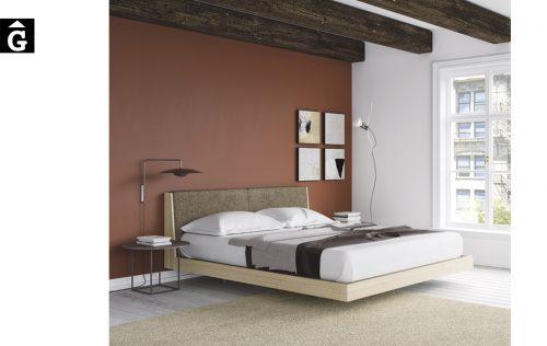Habitació llit gran capçal Pilow entapissat | Besform mobles Gifreu | Mobles de qualitat i a mida | Girona
