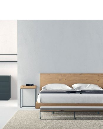 Habitació llit gran capçal pla xapa roure natural   Besform mobles Gifreu   Mobles de qualitat i a mida   Girona