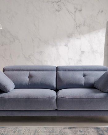 Sofà petit sients lliscants Julia | Bobbio | Sofàs a mida | grans | llargs | Moderns | Modulars | Per a casa | Comprar sofà | mobles Gifreu | Botiga | Distribuïdor Girona