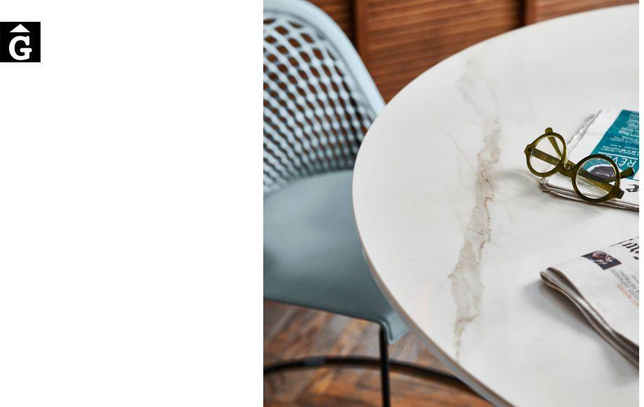 Taula rodona Infinity detall | Sobre crystalceramic | MIDJ |Taules i cadires de disseny actual | modern i conservador| casual i elegant | mobles Gifreu | Productes de qualitat